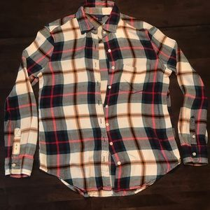 Button up pattern flannel with collar